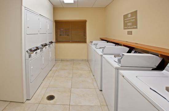 Clarksville, Indiana: Laundry Facility