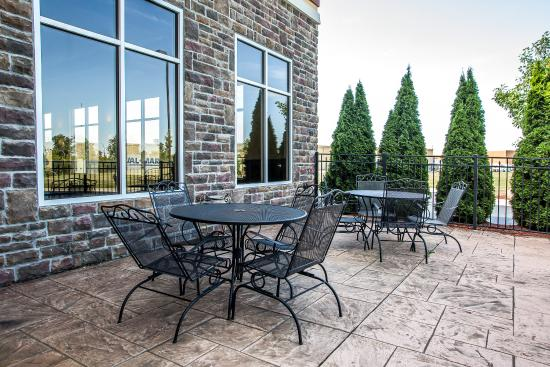 Troy, OH: Patio
