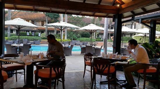 Southern Sun Mayfair Nairobi: TA_IMG_20160205_065310_large.jpg