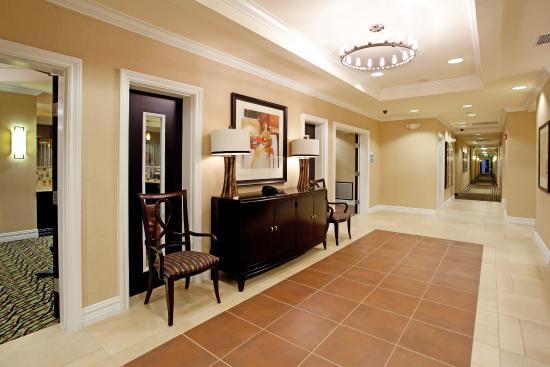 Νιούμπερι, Νότια Καρολίνα: Newberry South Carolina Hotel Front Lobby