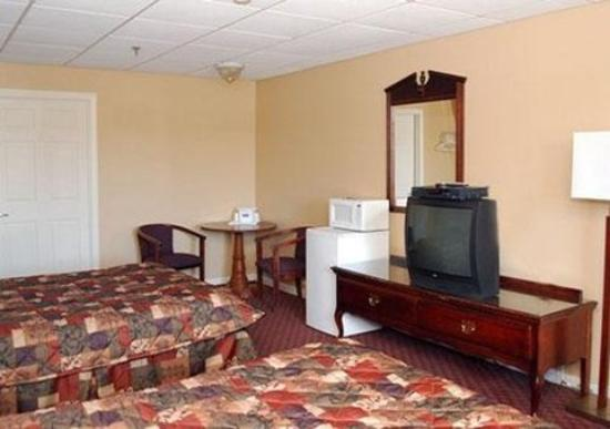 Rodeway Inn: Guest Room -OpenTravel Alliance - Guest Room-