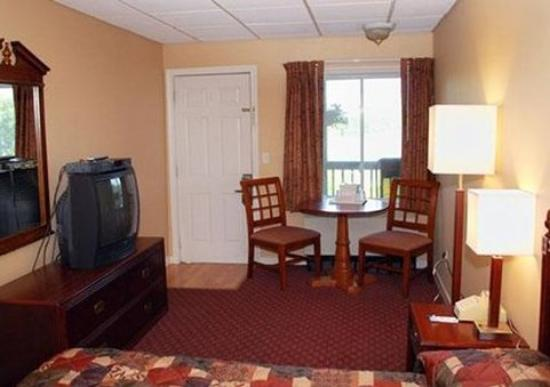 Tilton, NH: Guest Room -OpenTravel Alliance - Guest Room-