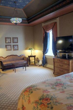Beaumont Hotel & Spa: King Junior Suite