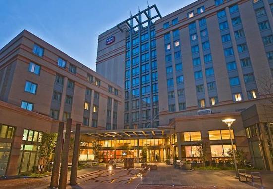 Residence Inn Arlington Courthouse: Courtyard