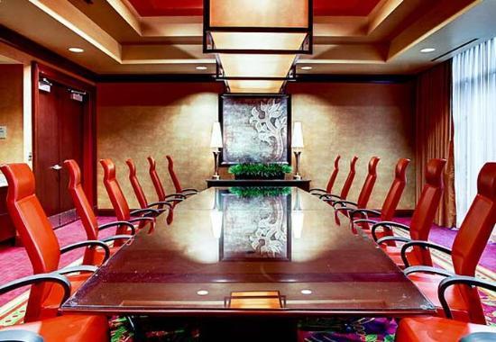 Allen, TX: John Q Hammons Boardroom