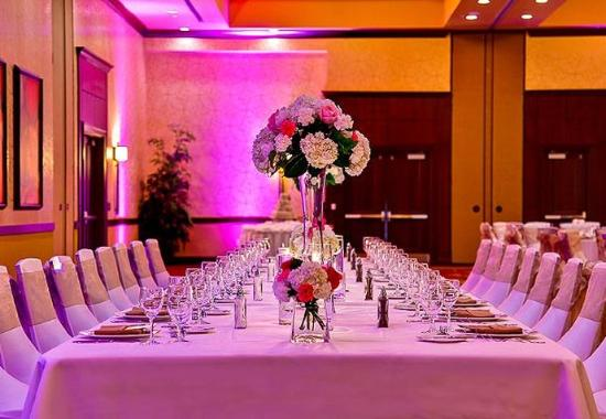 Allen, TX: Cottonwood Ballroom – Reception