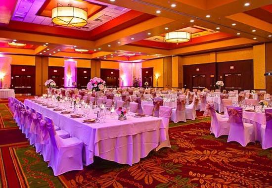 Allen, Teksas: Cottonwood Ballroom – Wedding Setup