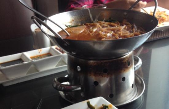 Sri Jayawardenepura, Sri Lanka: Ref M5S Lamb in hots and sour sauce with chineese chilly