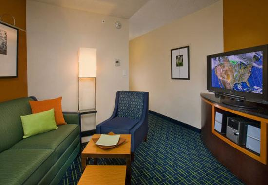 Weatherford, TX: Suite Sitting Area