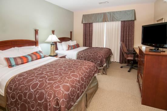 Covington, LA: One Bedroom Suite with Two Double Beds