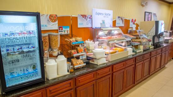Palm Bay, Floryda: Fantastic HOT Breakfast Buffet