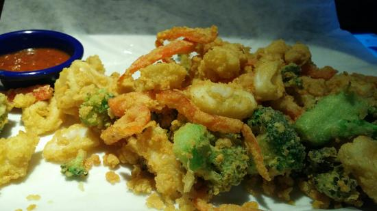 Newport News, VA: The sweet potatoes and the Calamari with Vegetables