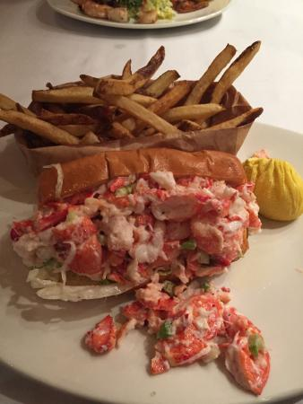 Atlantic Fish Company: Lobster Loaf