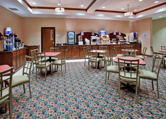 Pittsburg, KS: Breakfast Area