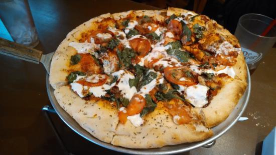Lansing, North Carolina: Fresh local spinach, fresh tomatoes, fresh mozzarella. Yum!