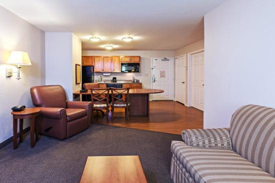 Pearland, TX: One Bedroom Suite Living Area