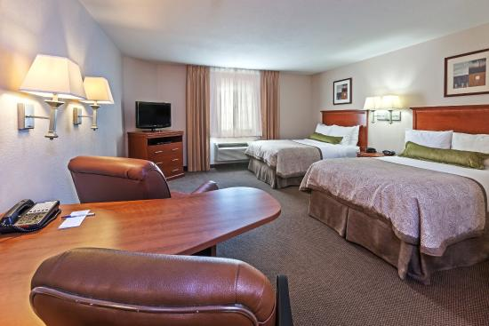 Pearland, TX: Two Bed Studio Suite