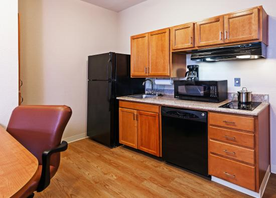 Pearland, TX: ADA/Handicapped accessible kitchen