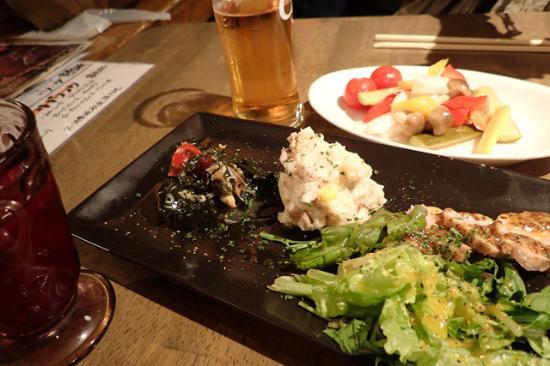 Seafood Italan Bar Barman Awaza Ekimae