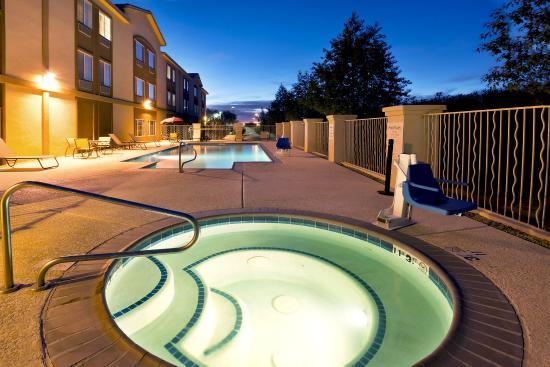 Casa Grande, AZ: Whirlpool