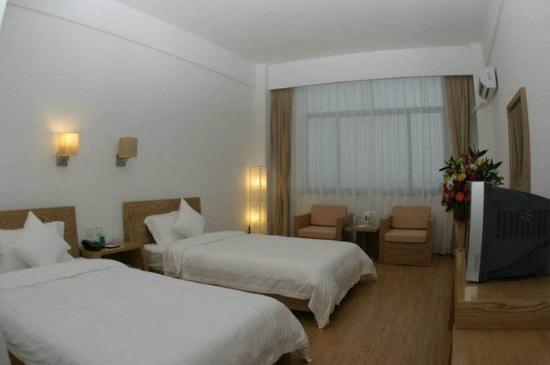 Weihai, China: Standard Twin Room