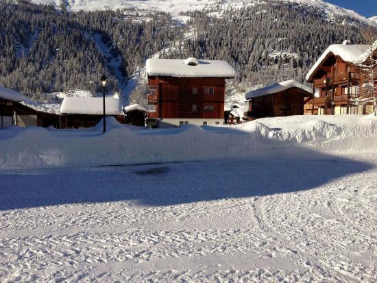 Oberwald, Suíça: Parking, Surrounding