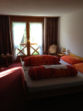 Oberwald, สวิตเซอร์แลนด์: Room with private facilities