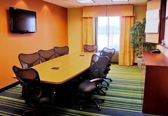 North Platte, NE: Executive Boardroom
