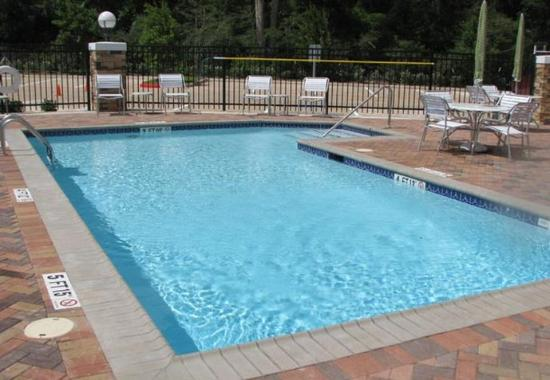 Fairfield Inn & Suites Houston Conroe: Outdoor Pool