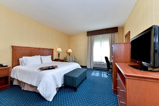 Ellsworth, ME: One King Bed Mobility Accessible Room