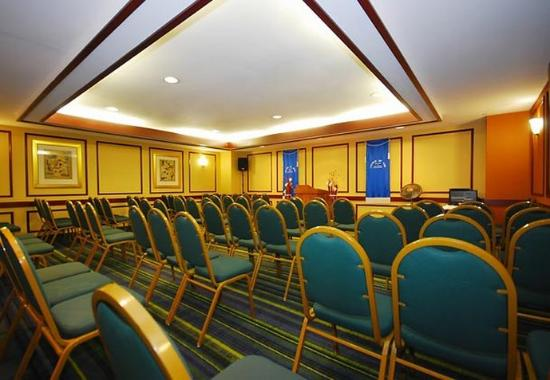Revere, MA: Meeting Room