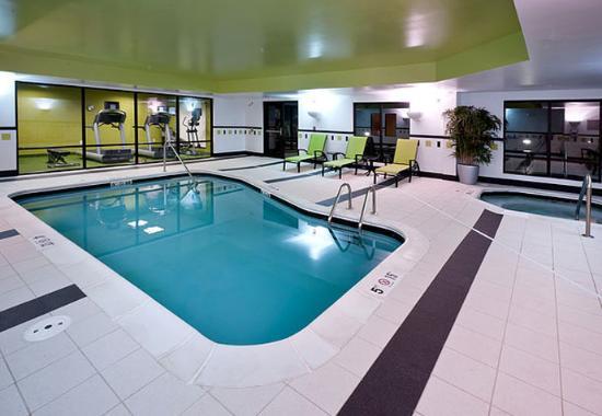 Fairfield Inn & Suites Charlotte Matthews: Indoor Pool