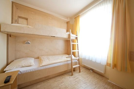 Furstenfeld, Austria: Family room guesthouse