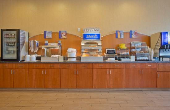 Prattville, AL: Breakfast Bar