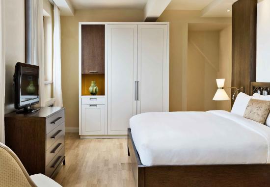 Castelvecchio Pascoli, Italie : Penthouse Suite Bedroom