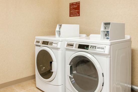 Effingham, IL: Guest Laundry