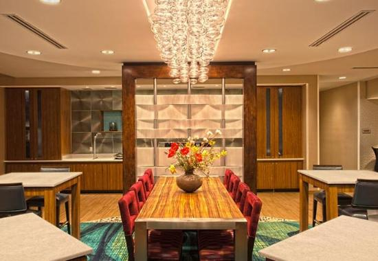 King of Prussia, PA: Dining Area