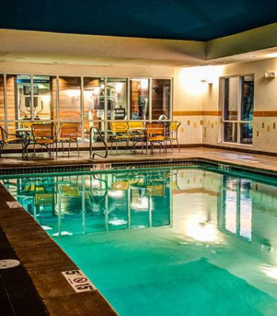 Hope Hull, AL : Indoor Pool