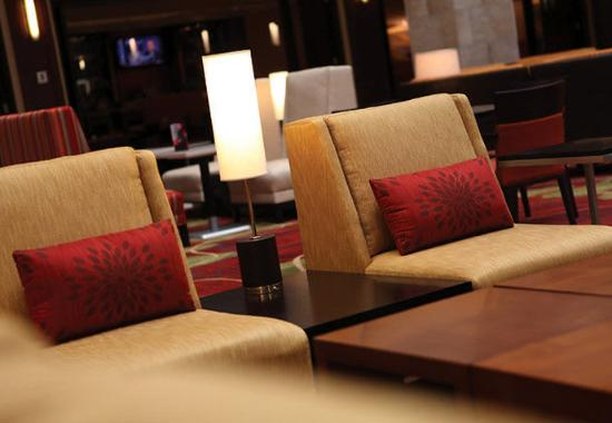 Brooklyn Park, MN: Great Room Seating