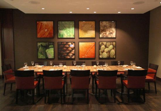 Brooklyn Park, MN: Wadsworth Private Dining Room