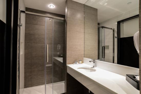 Hotel de Point: Suite Bathroom