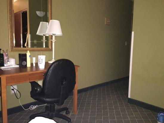 GuestHouse Inn & Suites Poulsbo : photo1.jpg