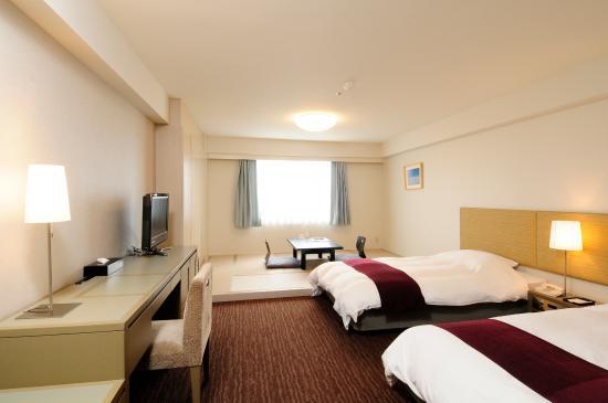 โรงแรม โตมิอูระ รอยัล มินามิโบโสะ