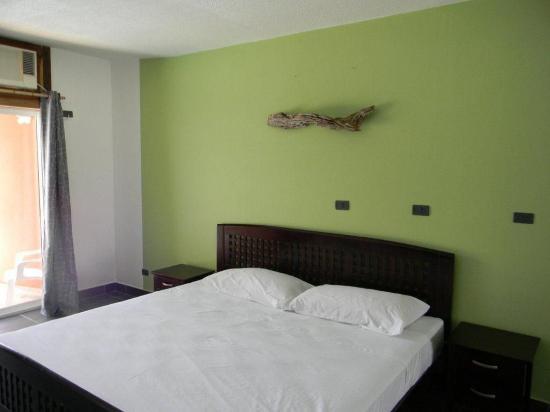El Sabanero Beach Hotel: Ocean view King