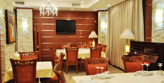Hotel Royal: Royal_Hotel_Pristina_Restaurant