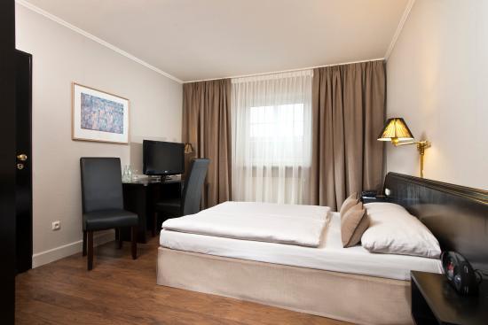 Neufahrn bei Freising, Alemania: Double room