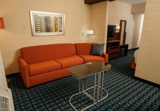 Athens, AL: King Suite Sitting Area