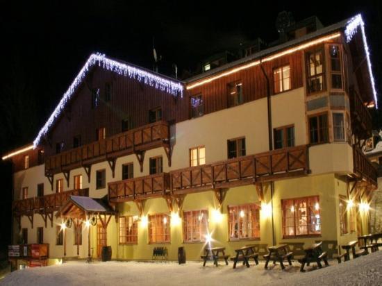 Demanovska Dolina, สโลวะเกีย: Exterior - winter