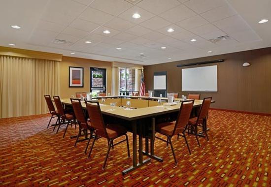 Oneonta, Nova York: Meeting Room