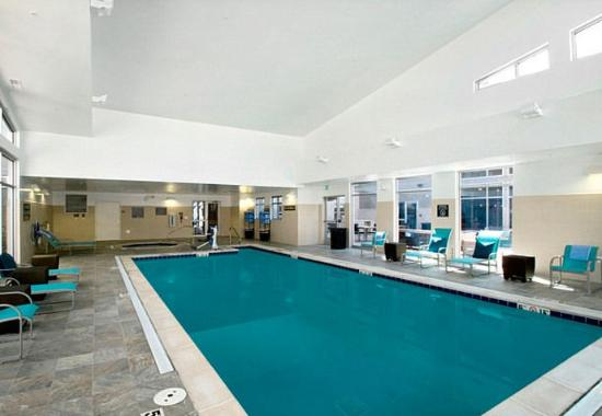 ‪‪Glendale‬, ‪Colorado‬: Indoor Pool‬